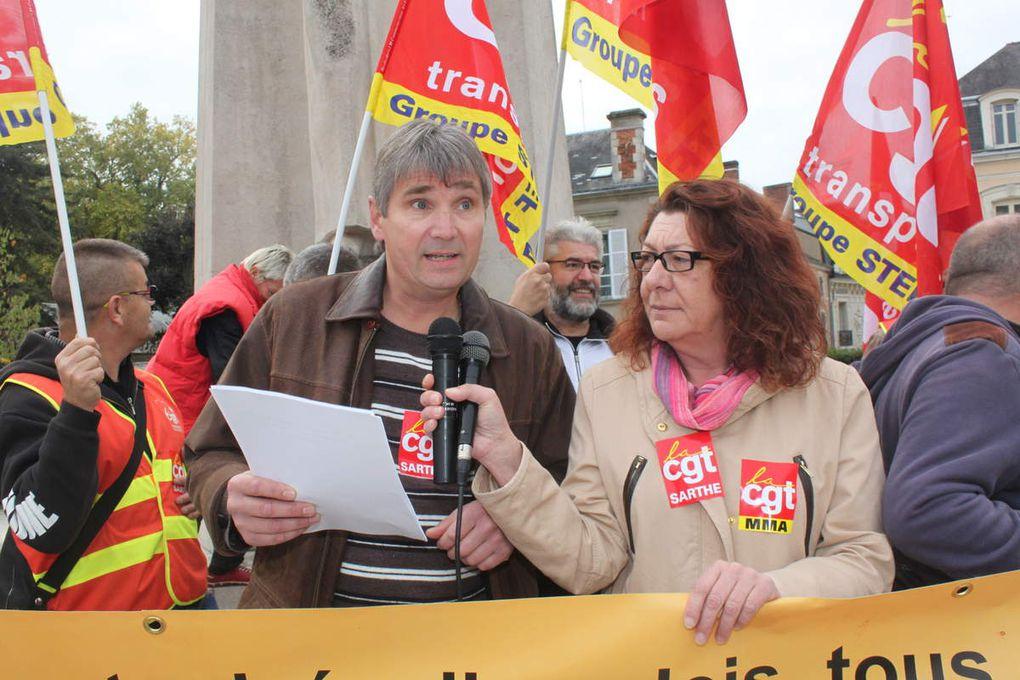8 octobre 2015 : 900 manifestants dans les rues du Mans