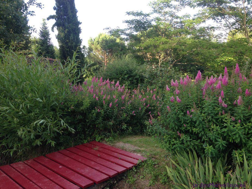 Secteur sud du Jardin de Frescati : les ponts rouges