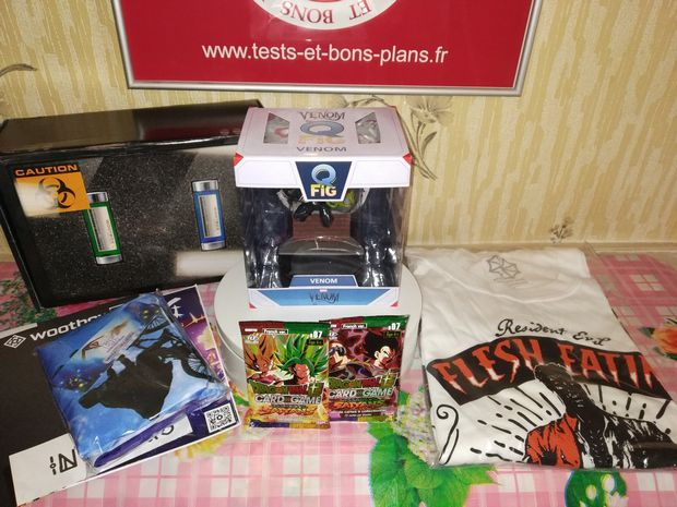Unboxing et découverte de la box culture geek Wootbox (Invaders - mars 2020) @ Tests et Bons Plans