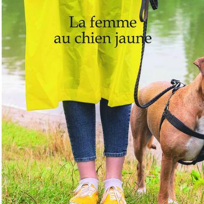La femme au chien jaune