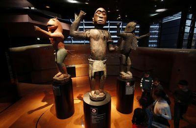 Restitution du patrimoine africain : 28 objets de collection privée européenne des anciens rois d'Abomey rendus au Bénin (JAI)