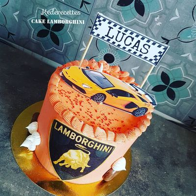 Gâteau Lamborghini