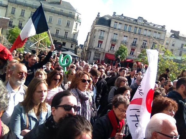 Angers - Plus de 1000 manifestants contre le FN