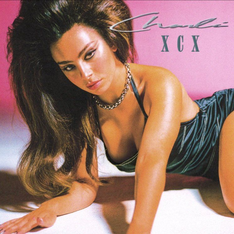 Charli XCX est extra sur « Good Ones » !