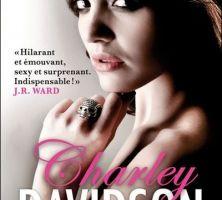 Charley Davidson tome 1 : Première tombe sur la droite de Darynda JONES