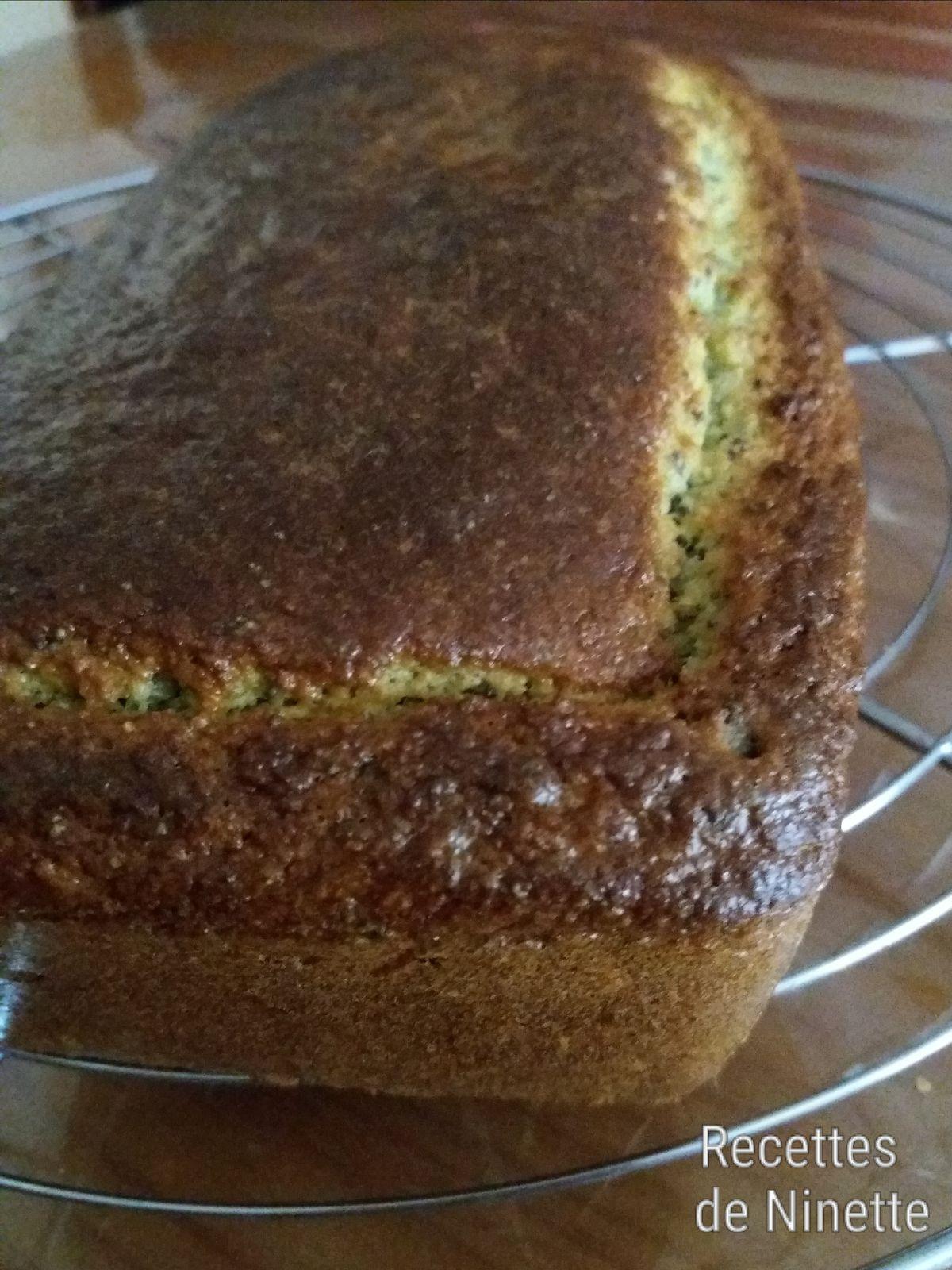 Cake citron pavot à la courgette sans gluten. Recette WW. Recette allégée