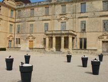 Cour d'honneur du Château de Castries
