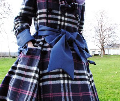 Checked coat // Plaid is chic