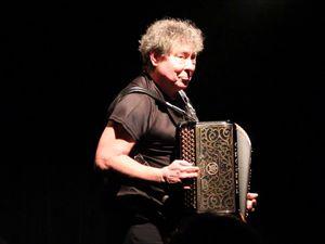 christian paccoud, un auteur-composiyeur interprète, accordéoniste et metteur en scène français, il fut initié par tony cacciopoli