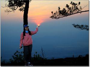 Le lever du jour à Phu Kradung (Thaïlande)