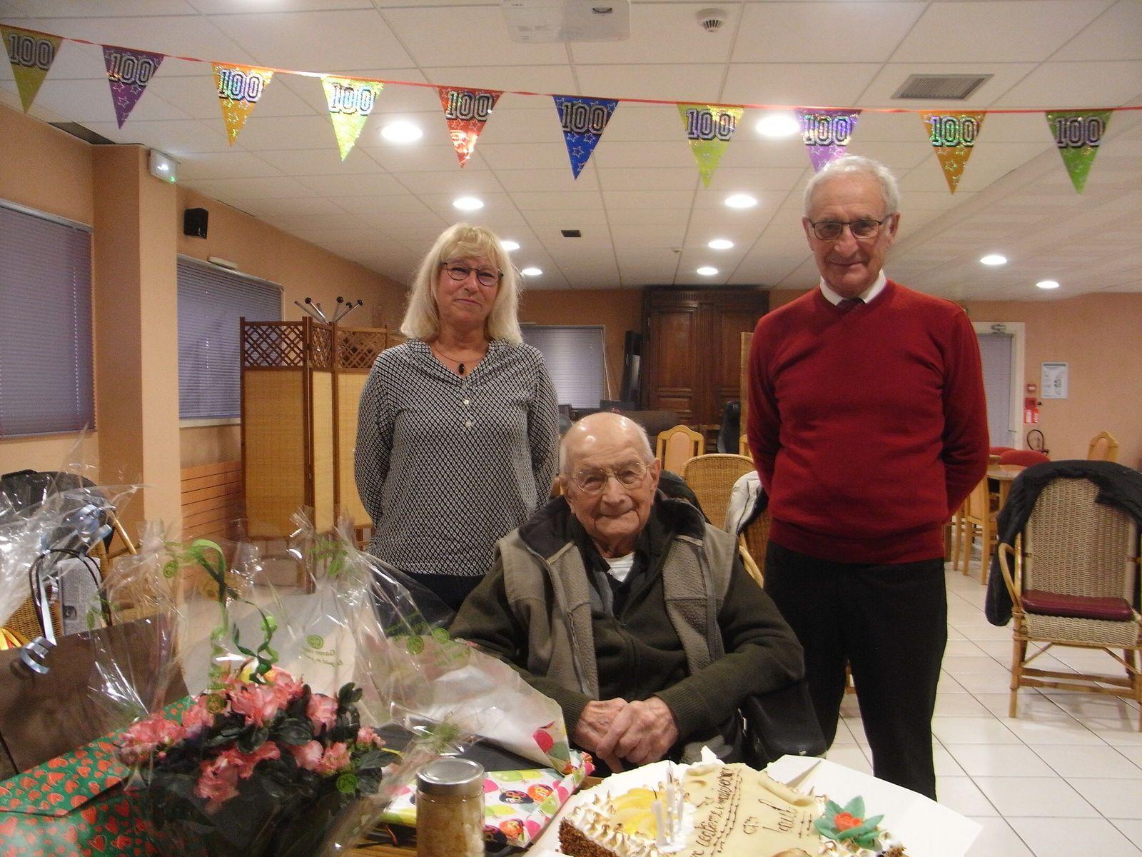 Paul Marchand a fêté son 100ème anniversaire.