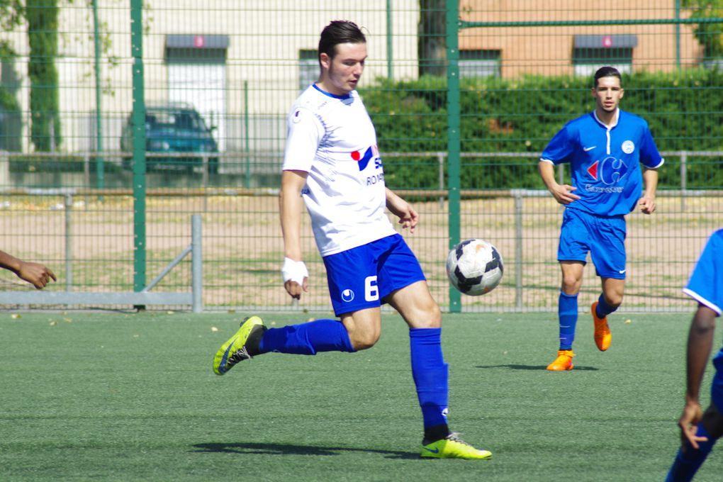 Mauvaise entame de championnat pour la réserve de l'AS Vénissieux-Minguettes - Photo équipe : ASVM