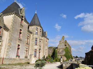 Autour du château de Bressuire (79)