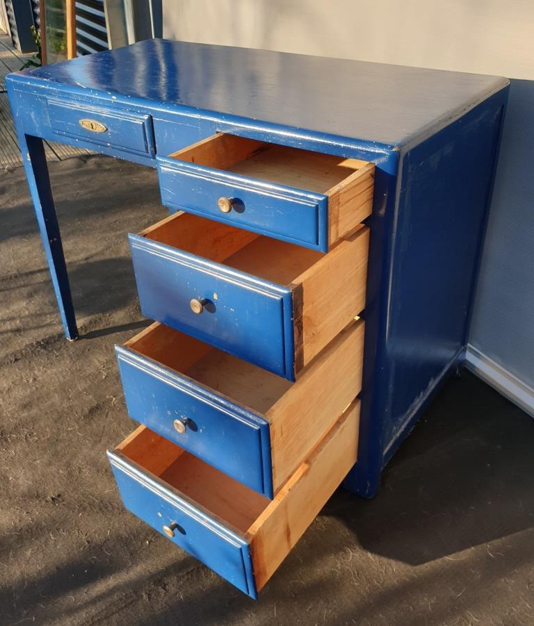 Bureau Art Déco bleu roy 5 tiroirs - 150 euros