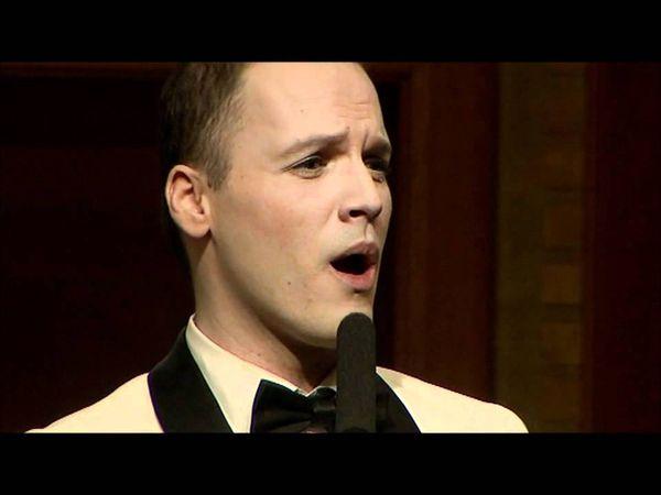 """André vasary, un chanteur hongrois remarqué lors d'une émission de télé hongroise où il interpréta """"il était une fois dans l'ouest"""" d'ennio morricone"""