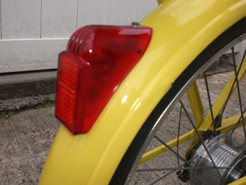 Leo's yellow 1974 Velosolex 4600 Orange County, NY, USA