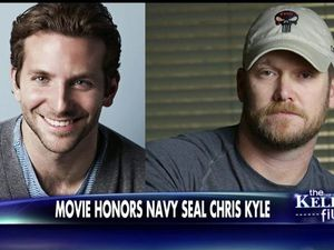 A l'époque d'Alias - Bradley Cooper VS Chris Kyle - Bradley Cooper durant le tournage en mai 2014 et avant!