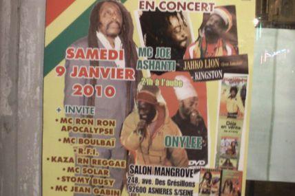 Et une affiche afro, une !