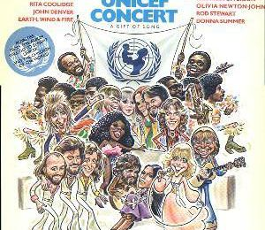 1979 : Artistes Divers : Music For UNICEF A Gift Of Song - ABBA Chiquitita & He Is Your Brother (+video)