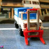 215-B MERCEDES UNIMOG TRANSPALETTES MAJORETTE 1/82. - car-collector.net