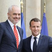 "Hymne albanais : Macron s'excuse pour la "" gaffe scandaleuse """