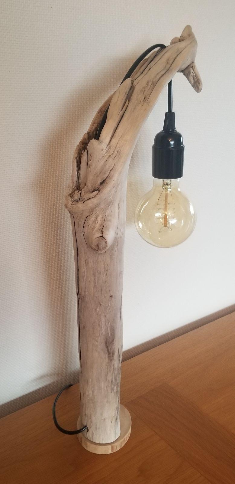 2 grandes lampes bois flotté
