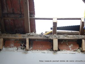 Opération Salle de bain J5 - Installation du velux