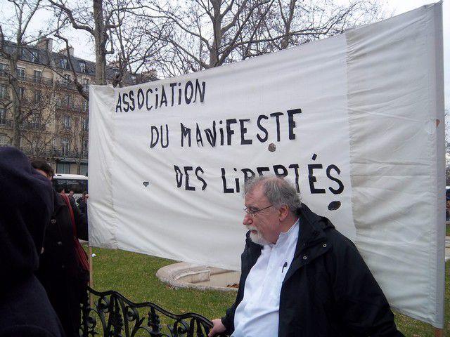 Album - Pour-une-Algerie-Libre-de-Democratique