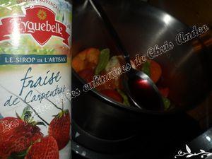 Cocktail pastèque / fraises et toasts de confit d'olives au gingembre