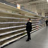 Coronavirus : les rayons pâtes et riz de l'hypermarché Auchan vidés par des clients apeurés - Defense-92.fr