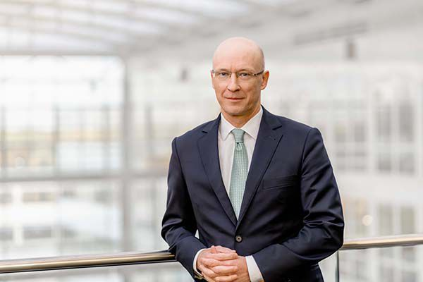 Dr Matthias Ziescha_CFO Fraport AG aerobernie
