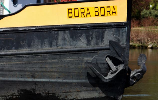 Bora-Bora... Bornéo...