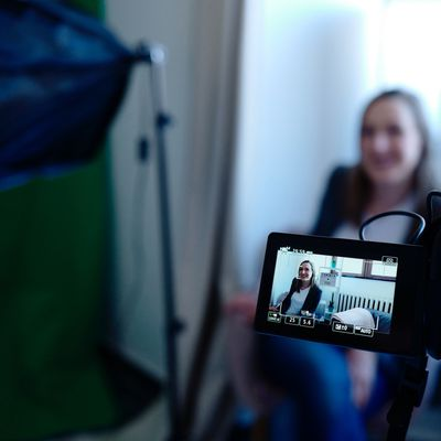 From Bland to Brilliant: How Editing Pros Breathe Life into Corporate Interview Videos