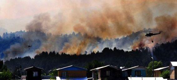 Mis à jour 04-01-2012 19:01 Incendie à Quillon, dans la région du Biobio, à 500 kilomètres de Santiago. Le Chili ravagé par les feux (metrofrance.com)
