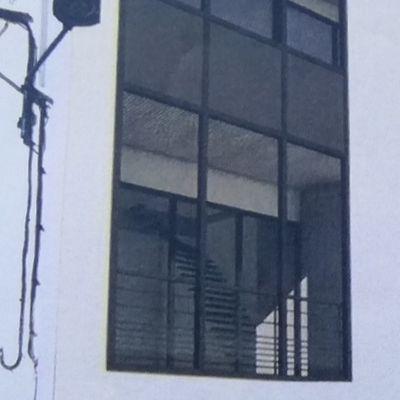 Quartier haut! Des maisons transparentes selon bouche de baudroie.