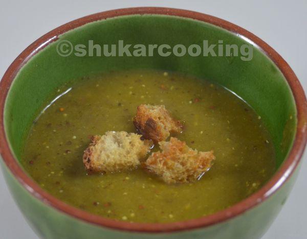 Soupe aux verts de poireaux courge courgette et moutarde à l'ancienne
