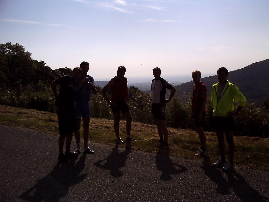un résumé photo de notre raid VTT à monsols dans le haut beaujolais - moyenne 12KM/H c'est dire la difficulté!