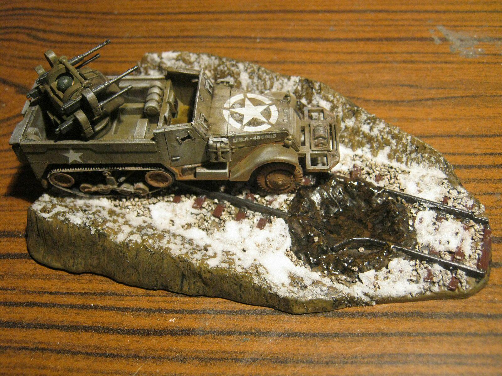 M 16 HALF TRACK ET SA MAQUETTE [ REVELL 1/76]