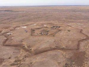 Fort RUSS : Les coopérants de la SMP Russe WAGNER™ construisent une ligne fortifiée dans le désert Libyen  .