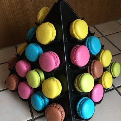Petite pyramide 40 macarons
