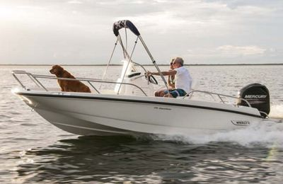 Boston Whaler 170 Dauntless - un vrai Boston Whaler, en 5.18m !