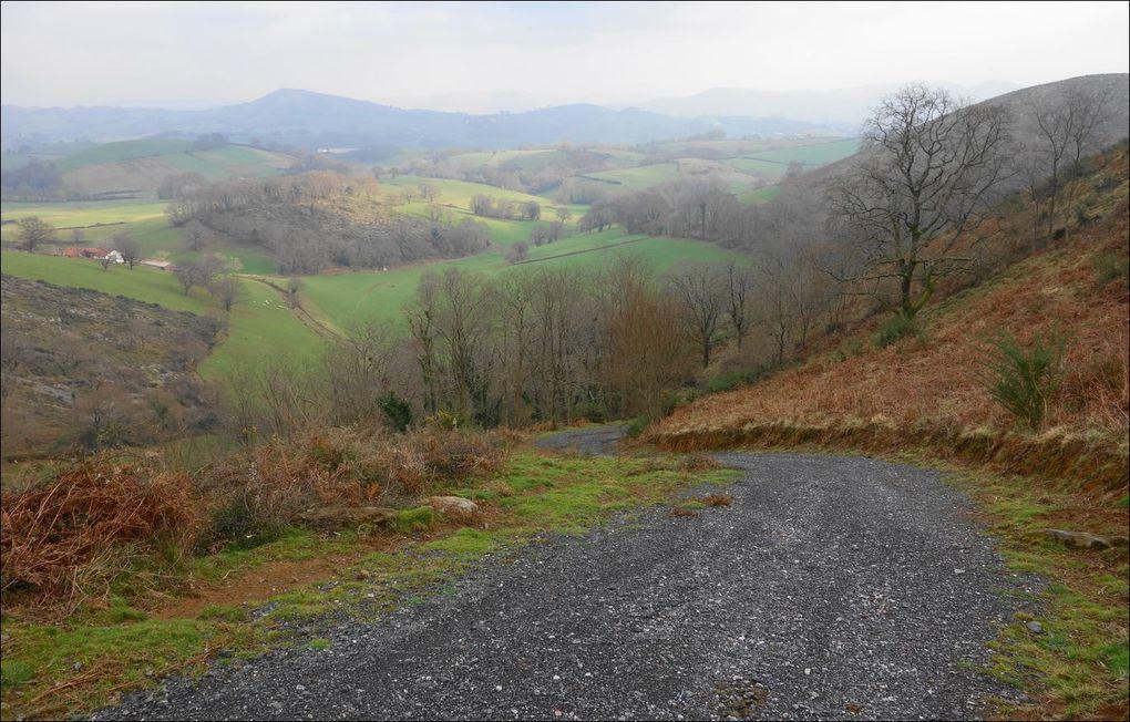 Eltzarruzé depuis Saint-Esteben ( Pyrénées-Atlantiques 64 ) A Randonnée