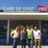 En déplacement à HEER AGIMONT, Sophie Rauszer soutient la création d'une ligne de chemin de fer Namur-Dinant-Givet - France Insoumise - Benelux