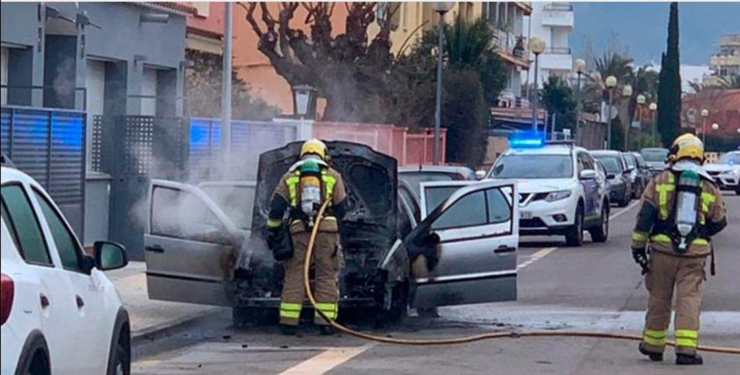 Incendie de voiture à Rosas
