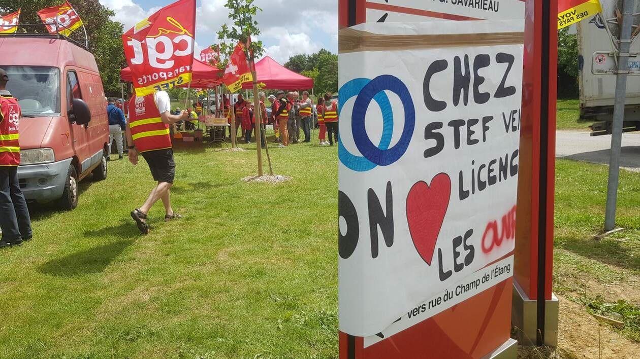 Vendée : Grève à Stef transport en soutien à une mise à pied de deux représentants CGT