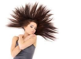 NON aux cheveux « paille » après l'été !!!!!