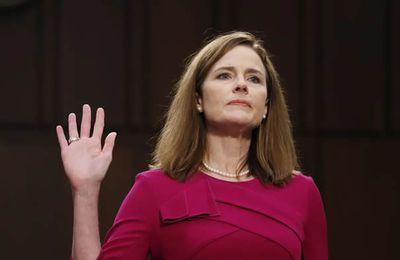 Dix choses à savoir sur Amy Coney Barrett, la juge qui polarise les Etats-Unis