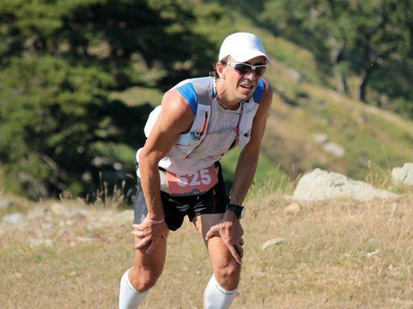 """Alcune delle foto in corso di gara. Per vedere altre foto visita la galleria fotografica tematica sulla pagina facebook (magazine) """"Ultramaratone, Maratone e Dintorni""""."""