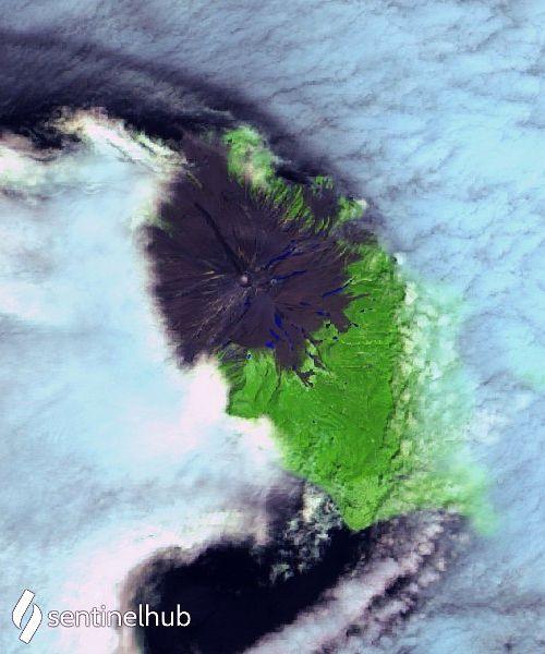 Sarychev - petite anomalie thermique - image Sentinel-2 bands 12,11,4 du 29.06.2021