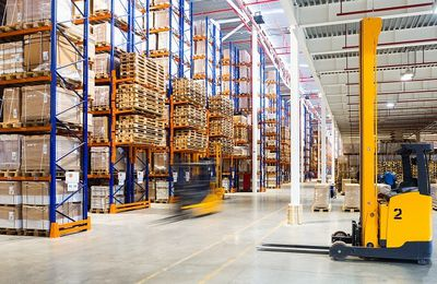 Maximize Your Warehouse Efficiency with the Right Industrial Shelves